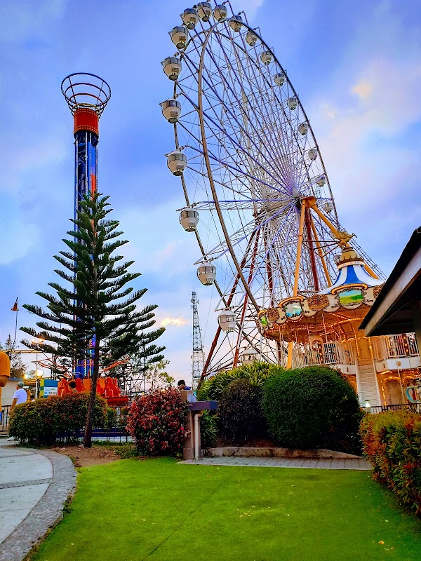 Photo de Sky Ranch Tagaytay